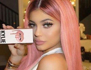 kylie-jenner-cosmetics-koko-k-lip-kit-matte-liquid-lipstick-liner-full-size-set-57d37852e97b92d39aca00fc891c64a4